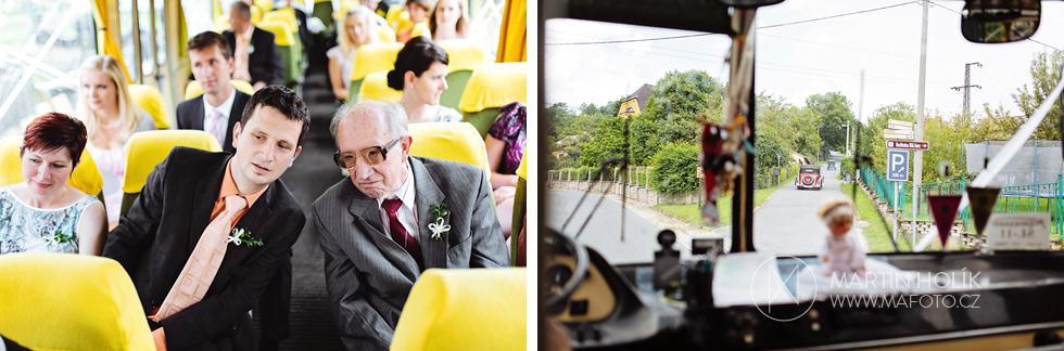 Jízda svatebním autobusem