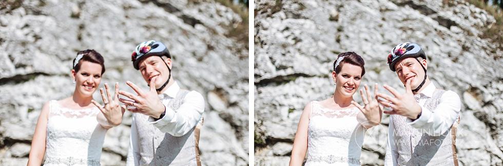 Nevěsta a ženich předvádějí prstýnky