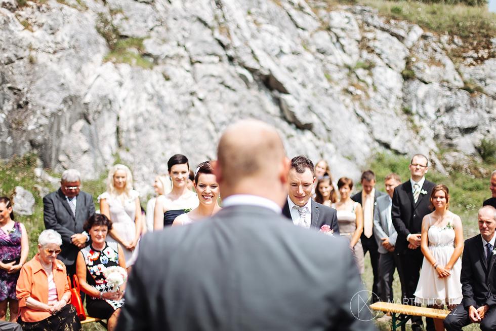 Oddávající na svatebním obřadě