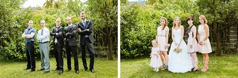 Společné fotografie novomanželů a hostů