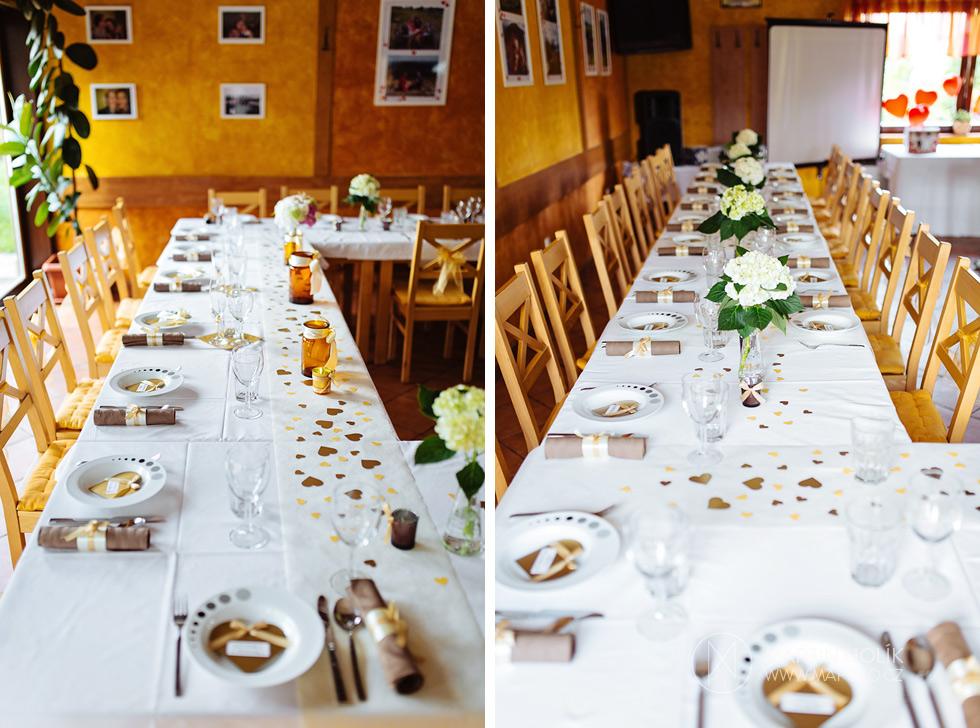 Svatební tabule v restauraci