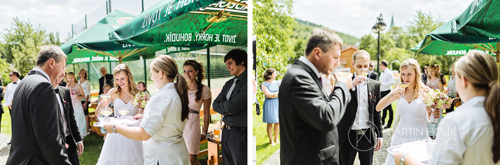 Uvítací přípitek novomanželů