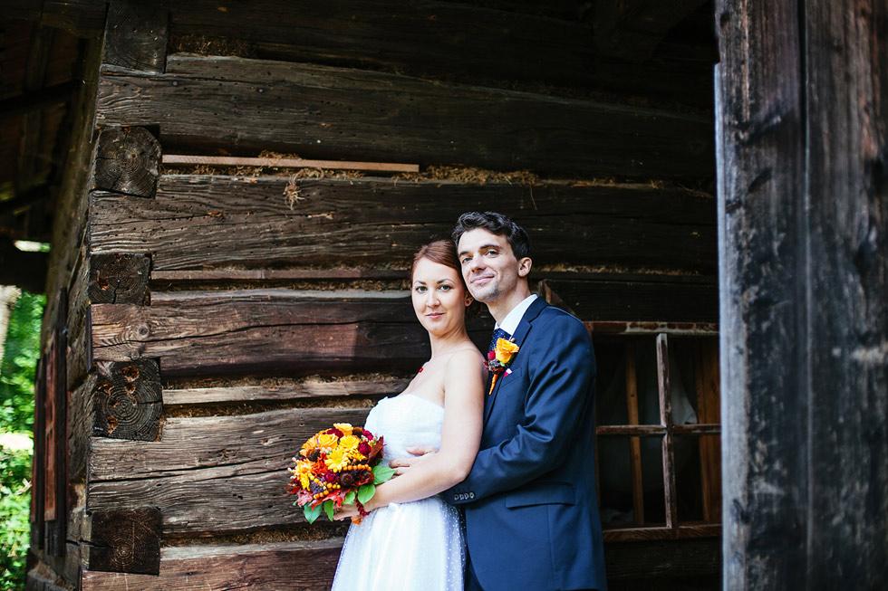 Portrét nevěsty a ženicha ve skanzenu