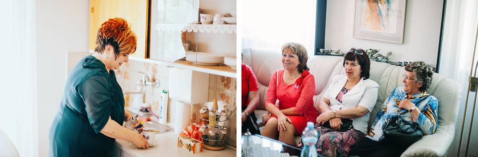 Fotografie maminky nevěsty a svatebních hostů