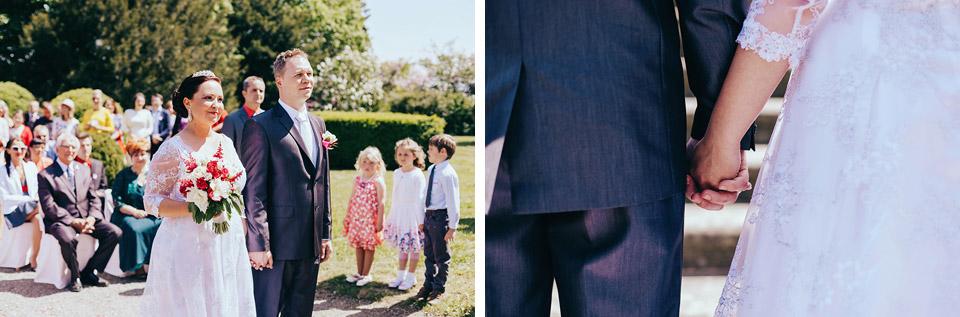 Fotografie nevěsty a ženicha na obřadu v Náměšti na Hané