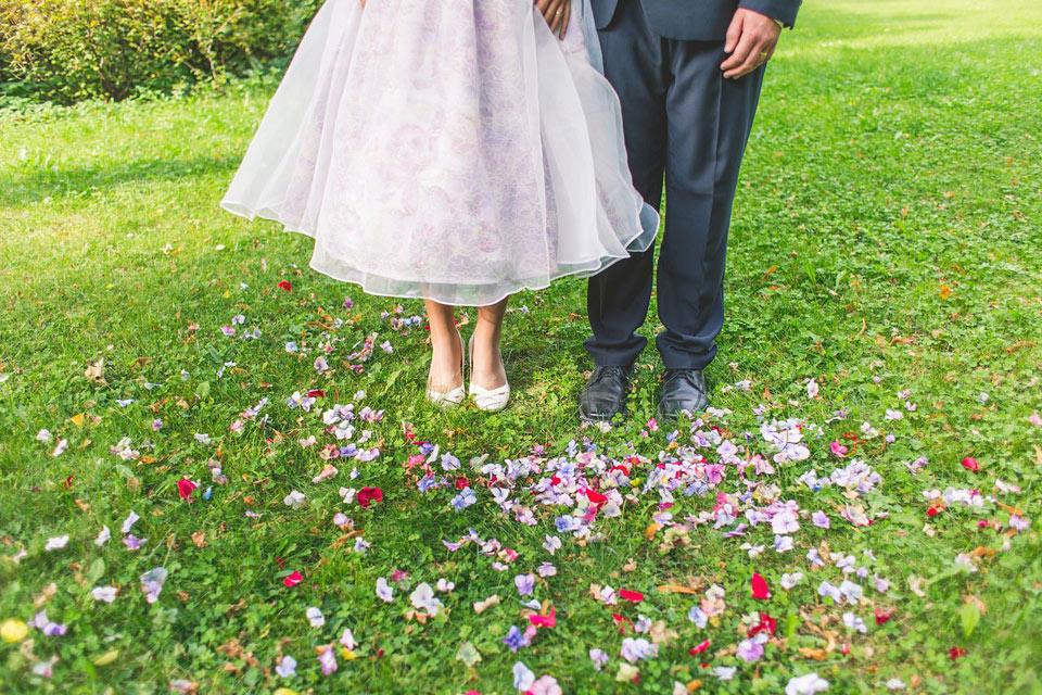 Květinová svatební fotografie