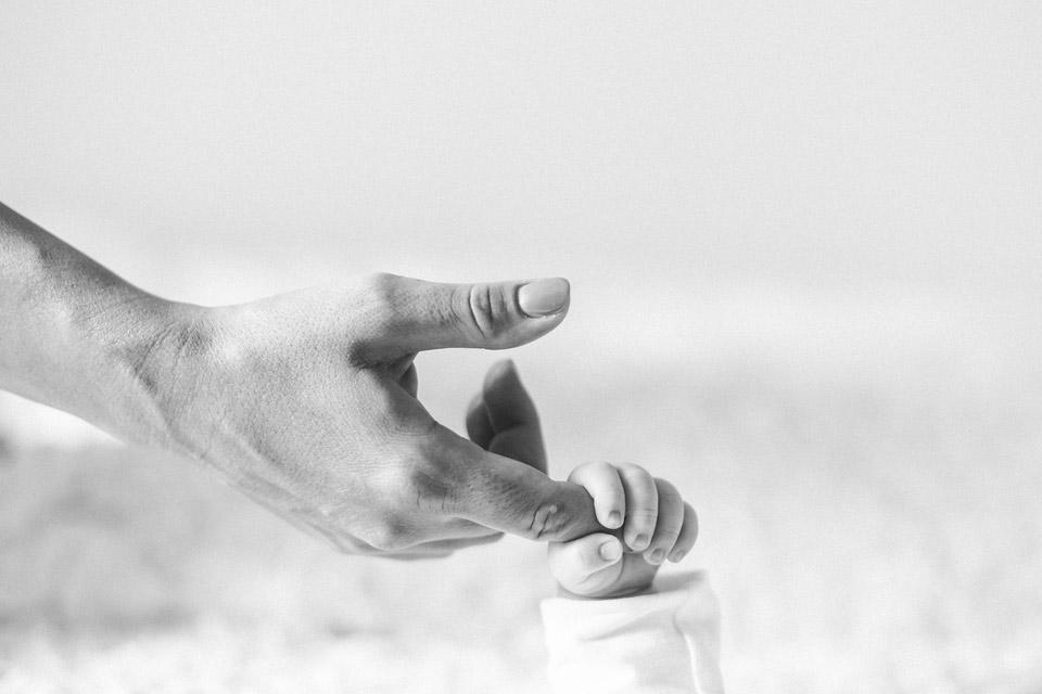 Rodinné focení a něžný dětský dotek
