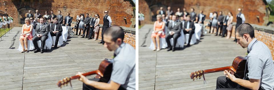 Fotografie doprovodné muziky u obřadu