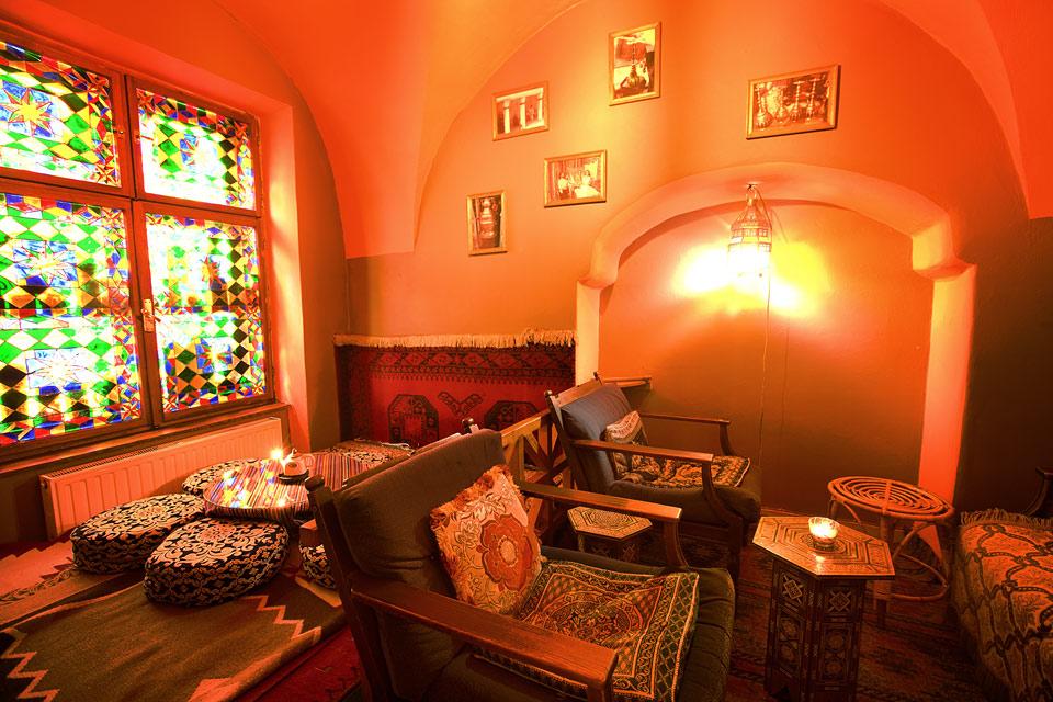 Malý salonek v Dobré čajovně v Olomouci