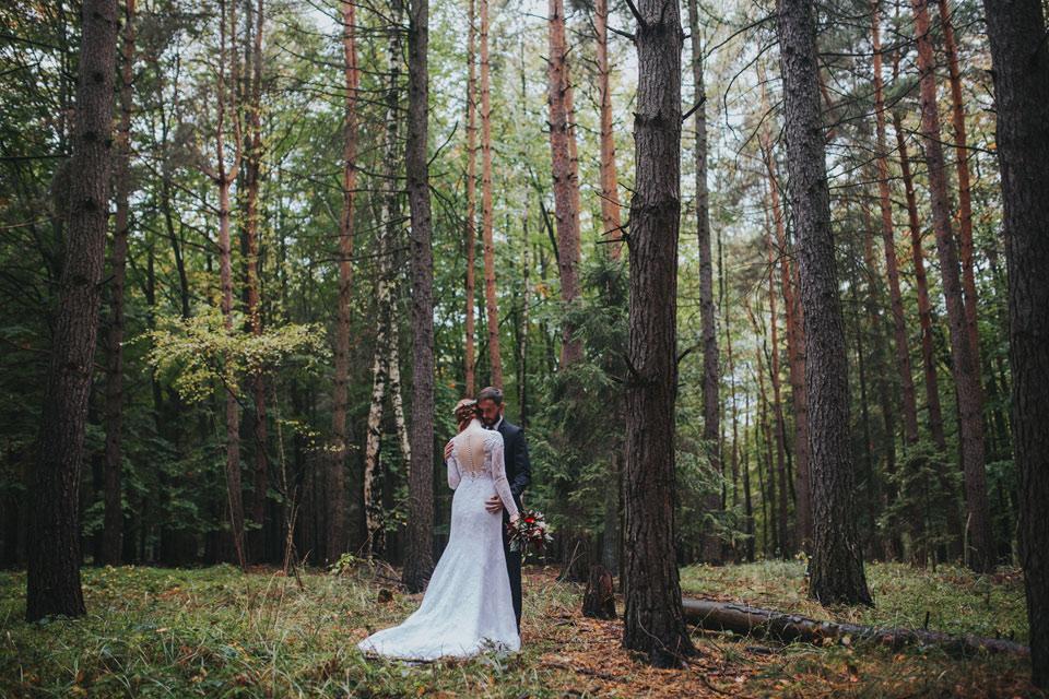 5-romanticka-svatebni-fotografie-les-opava