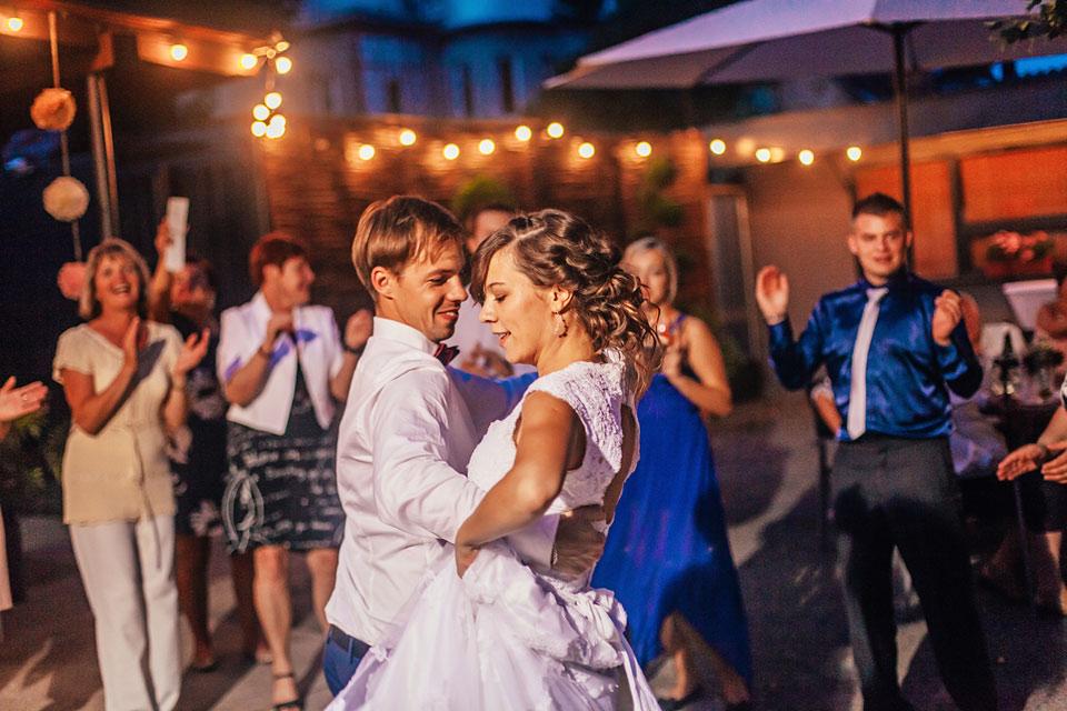74-svatebni-fotografie-z-novomanzelskeho-tance